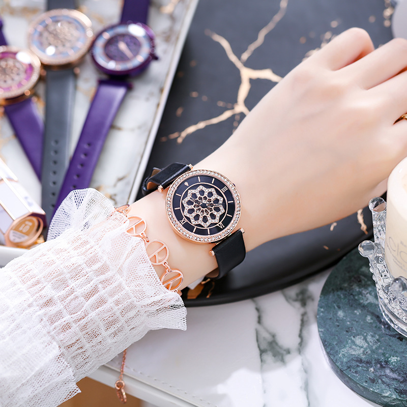 Cool Black Leather Belt Rotation Women Watches Women Luxury Brand Good Luck Quartz Watch Lady Casual WristWatch zegarki damskie