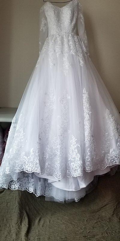 LAYOUT NICEB Ball Gown Long Sleeve Vintage Wedding Dress 2021 Elegant Lace Appliques vestido De Noiva Sweep Train Bride Bridal 1