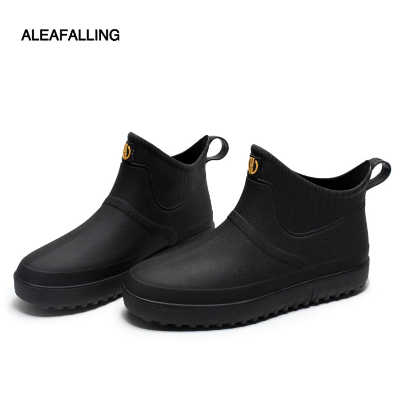 Rain Boots Men's Fashion Waterproof Shoes Fashion Rain Boots Low Slip Water Boots Chef Shoes Work Rubber Shoes Adult Short Boots