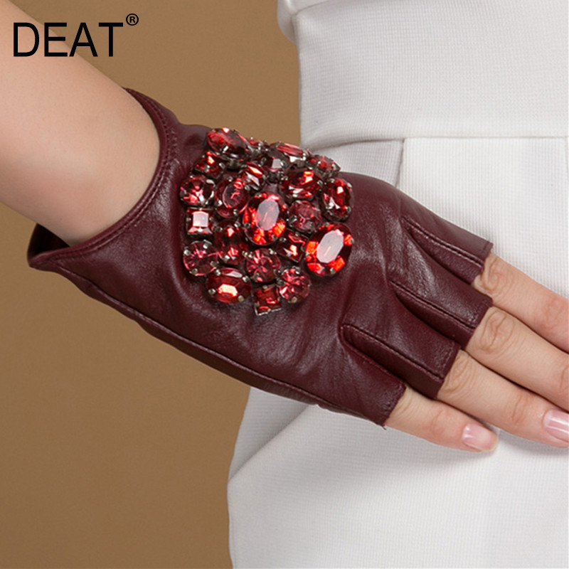 DEAT 2020 Fashion Half Finger Rhinestone Inlay Leather Gloves Casual Hot Sale Trendy High Quality Autumn Women All-mathch BE492