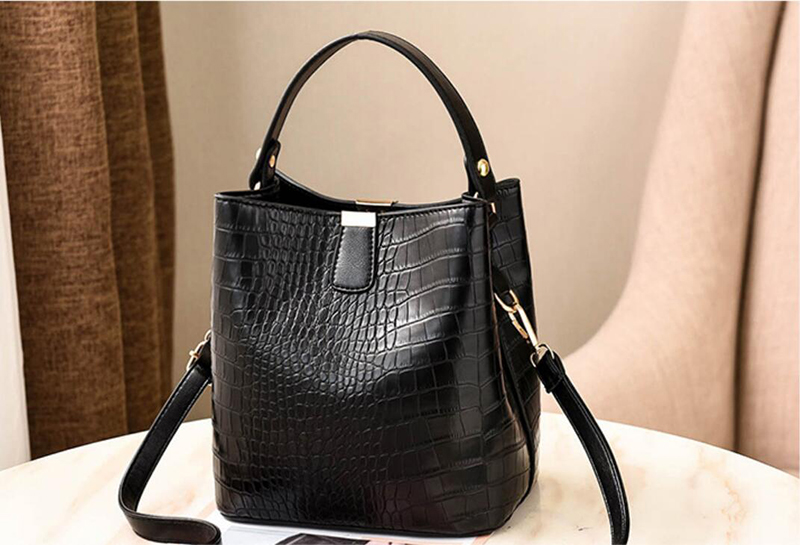 Hff2856e88979492894d857ba662f0898k - Women's Handbag | Retro Alligator