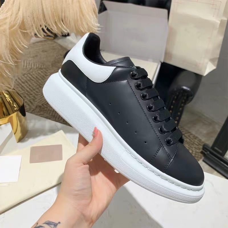 Plus Size 43 44 45 Luxury Designer Men Leather Shoes Casual Chunky Sneakers White Shoes Zapatos De Mujer