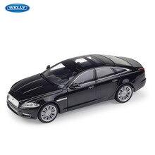 WELLY 1:24 Jaguar 2010 JAGUAR XJ sports car machine Simulation Alloy Car Model Collection toy tools все цены