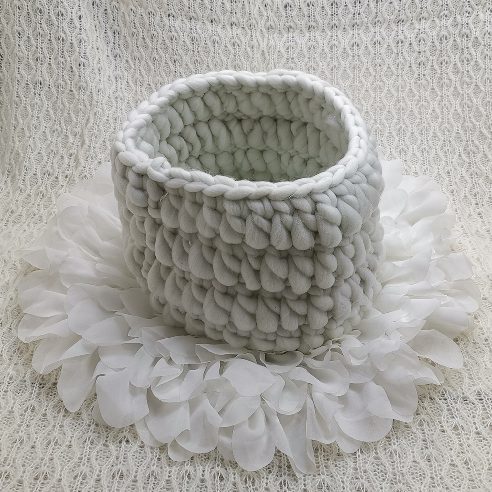 150x100cm Baby Posing Layer Backdrop+Knitted Basket+50cm Flower Style Mat Soft Chiffon Cushion For Newborn Baby Photography Prop