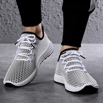 Mesh mężczyźni wulkanizowane sznurowadło męskie buty lekkie wygodne oddychające buty do chodzenia Tenis Feminino Zapatos Sneakers tanie i dobre opinie SHUJIN Mesh (air mesh) Płytkie W kratkę Lato shoes men Lace-up Niska (1 cm-3 cm) Pasuje prawda na wymiar weź swój normalny rozmiar