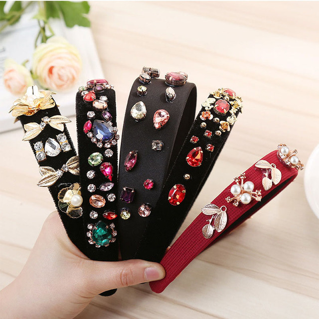 The New Alloy Rhinestone Headband  Europe And America Popular Hair Bands For Women  Boutique Fashion Wild Hair Accessories