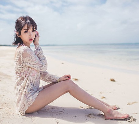 Korean-style WOMEN'S Wear Long Sleeve Pullover Beach Cover-up Palace Embroidered Lace Shirt Outdoor Sun Shirt Lace Coat