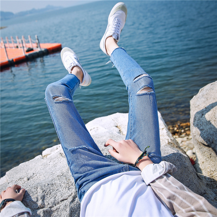 2017 Spring And Summer Men's Versatile Pants Korean-style Grinding With Holes Skinny Pants Slim Fit Men's Capri Jeans