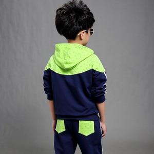Image 3 - 男の子春秋ジョギングジャージ男の赤ちゃんフード付きジャケット + パンツスポーツスーツ子供服セット 120 〜 160