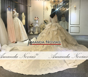 Image 4 - Amanda Novias design full beading bridal dress wedding dress black brides luxury royal dress