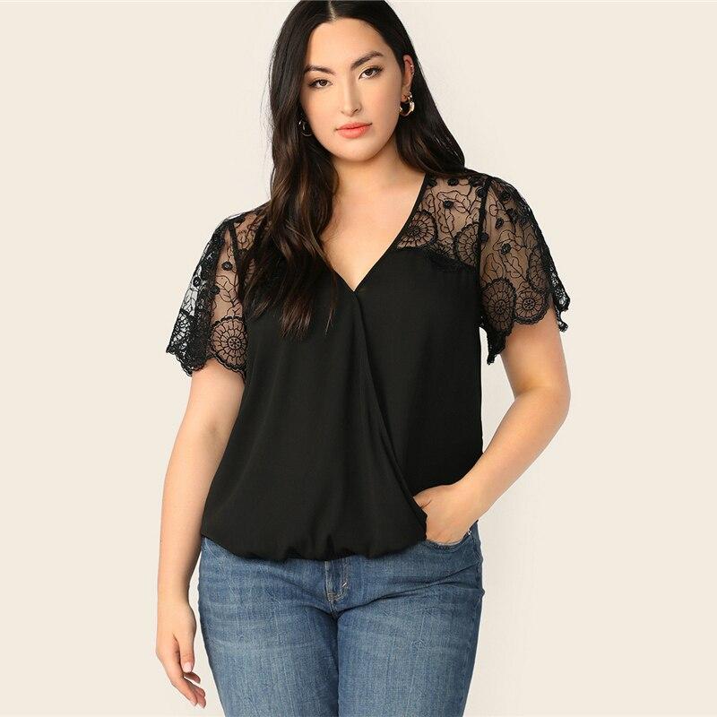 Grande taille noir dentelle chauffe épaules haut chemisier 2019 femmes décontracté solide contraste dentelle col en V transparent Plus Blouses chemise