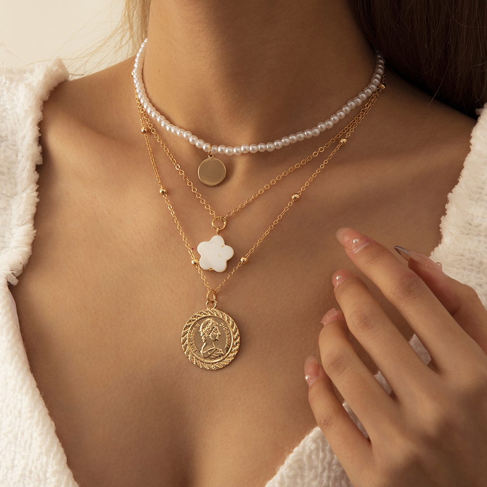 Fashion Bohemian Imitation Pearls Collar Chain Choker Necklace Punk Multi Layer Carved Coin Virgin Mary Statue Pendant Necklace