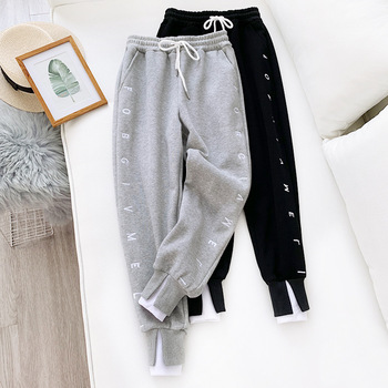Thick Fleece Elastic Waist Women Harem Pants Drawstring Winter Warm Carrot Pants Letter Printed Streetwear Joggers Trousers 2