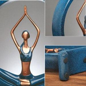 Image 5 - Creative יוגה ילדה אופי צלמיות שרף קישוטי ריהוט מלאכות מתנה סלון אמנות בית משרד קישוט אבזרים