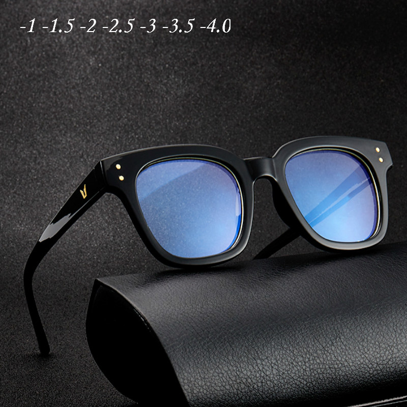 -1 -1.5 -2 -2.5 -3 -3.5 -4.0 -4.5 Rivets Myopia Glasses 2020 Fashion Women Men Square  Glasses Eyeglasse