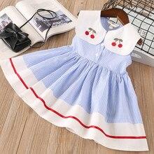 Neue sommer mädchen kleid puppe kragen kirsche stickerei gestreiften ärmelloses kleid blau kleine frische kleidung платье для девочки 50 *