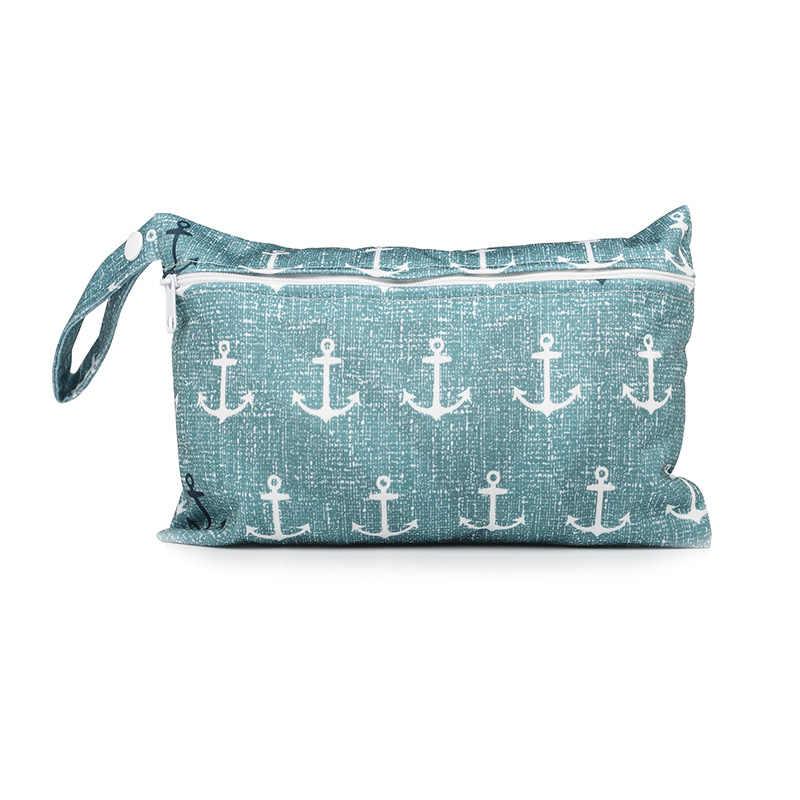 حقيبة حفاضات صغيرة متعددة الوظائف لحديثي الولادة حقيبة للأمهات مزينة برسوم كرتونية لطيفة للأطفال يمكن حملها مضادة للمياه حقيبة حفاضات قابلة للتغيير