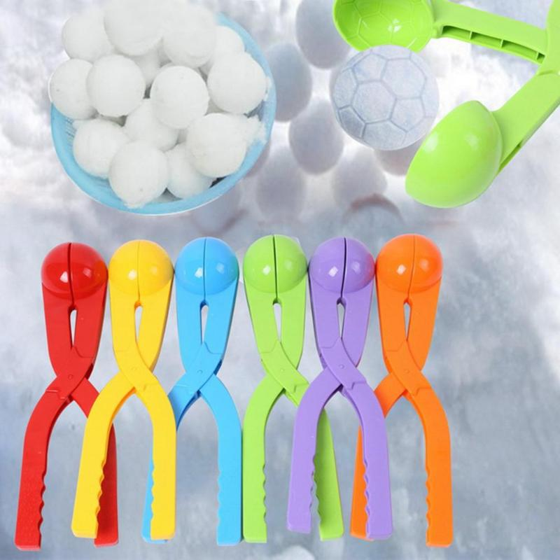 Winter Snowball Maker Clip Plastic Personality Cartoon Football Snowball Fight Outdoor Toys Beach Toys Kids Birthday Party Gift