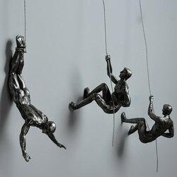 Estilo Industrial de escalada hombre de resina de alambre de hierro para colgar en la pared figuras de escultura creativa Retro presente estatua Decoración