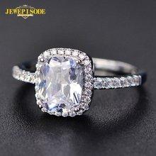 Женское кольцо из серебра 925 пробы с цирконом