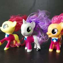 3 teile/satz 6cm Baby Pony PVC w/Mähne Scootaloo Süße belle Applebloom little horse figuren Prinz Rüstung geschenk(China)