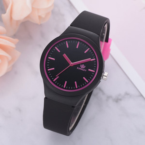 Ladies Watch Solid Color Wristwatch Clock Silicon Strap Fashion Women Watches Casual Female Watch Clock Gift relogio feminino