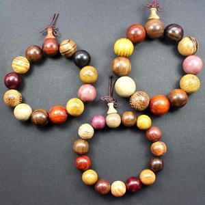 Image 5 - Sprzedaż hurtowa z prawdziwego drzewa sandałowego Vintage mala koraliki bransoletki buddyjski różaniec modlitwa joga medytacja szczęśliwa bransoletka dla kobiet mężczyzn