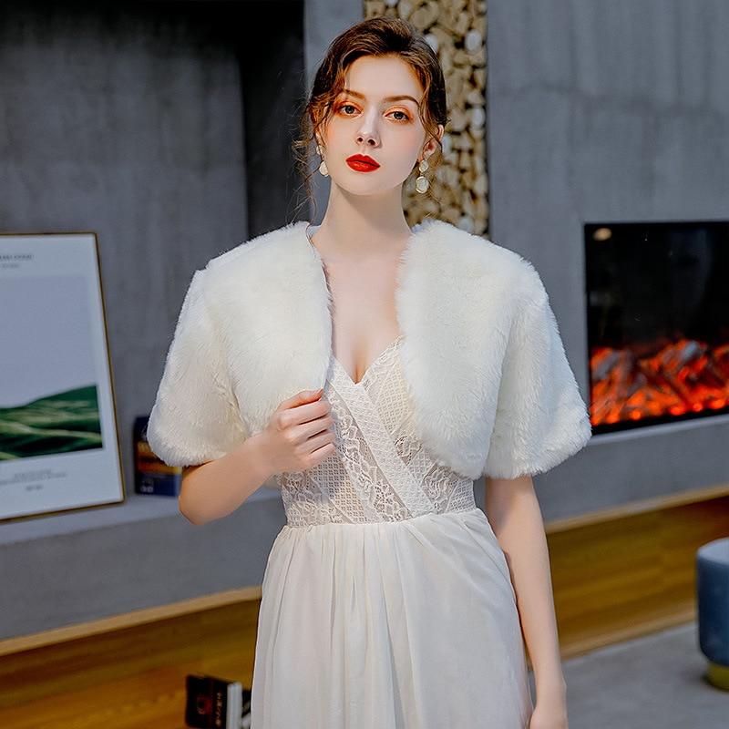 Fur Shawl Wedding Wrap Women Winter Bridal Wraps Etole Femme Mariage Warm Fur Bolero Bridal Jacket Prom Evening Dress Cape Coat