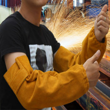 free shipping L42CM High temperature resistant welding sleeves tig welding Raglan sleeves with button hook and loop fasteners wear resistant cowhide welding leather sleeves of welder clothing with high temperature resistance working safety sleeves g0823