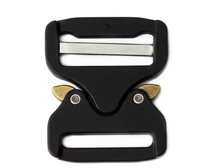 The New 39 Mm Button Cobra Inserted High Strength Pull Clasp Tactical Zinc Alloy Buckle