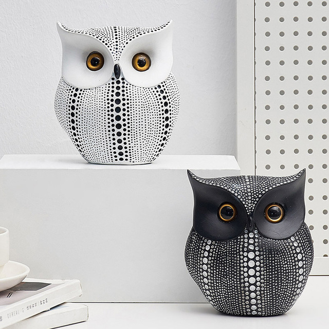 Nordic Style Minimalist Crafts White and Black Owl Animal Figurines Resin Statue Home Decoration Miniature Living Room Ornaments 4