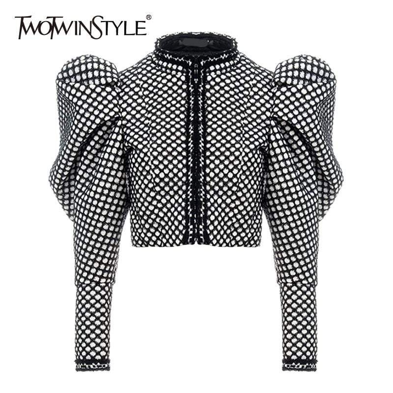 TWOTWINSTYLE Ruched Plaid Coat For Women O Neck Puff Sleeve Short Female Coat Streetwear Autumn Fashion New Clothing 2020(China)