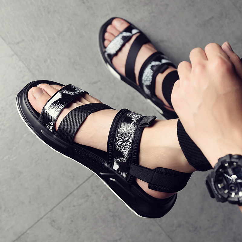 2020 Summer Shoes Men Beach Sandals Thick Sole Non-slip Flat Summer Holiday Sandals Casual Male Shoes KA1417