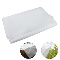 Garden Fabric Plant Cover Outdoor Frost Protection Blanket Protect Against Hail Snow Protect Plant Cover for Winter Frost Cold