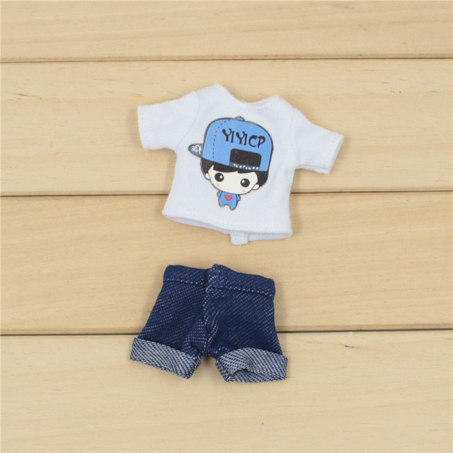 Middie Blythe Doll T-Shirt with Short Pant 2