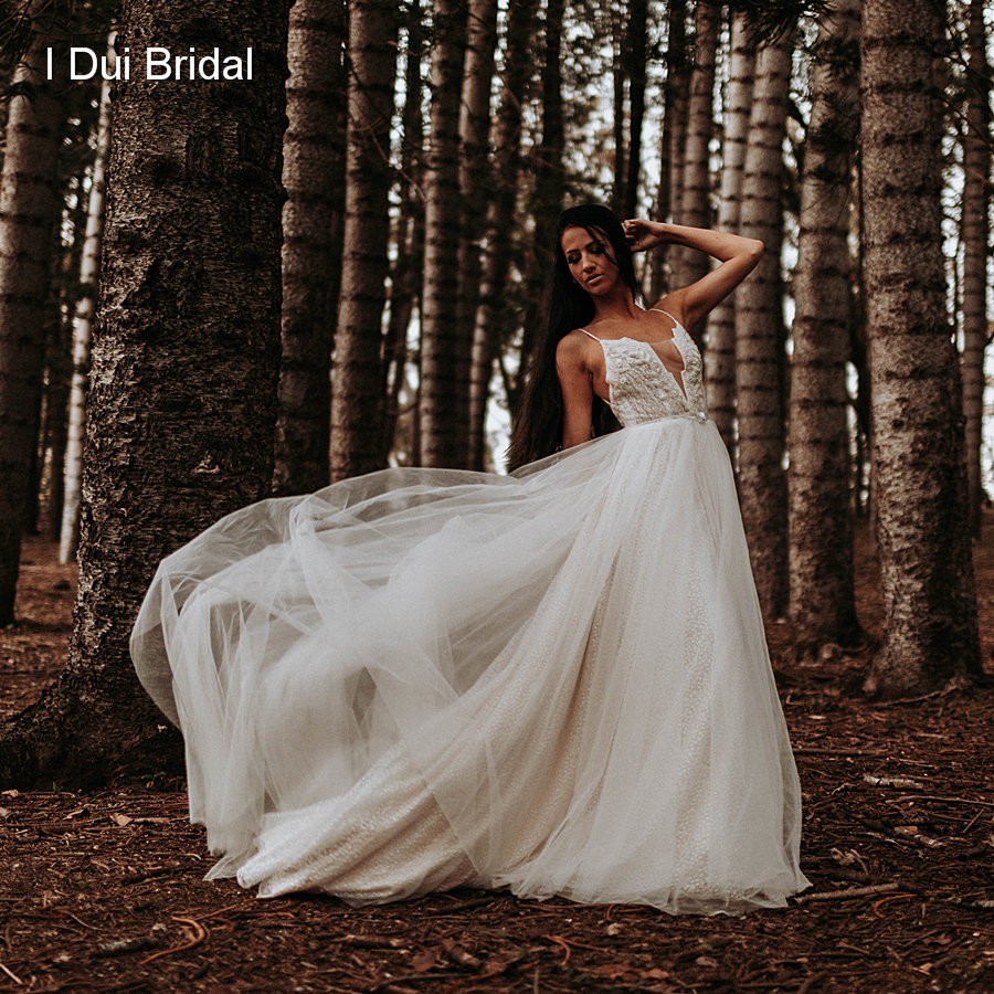 Tulle Boho Wedding Dress With Beaded Belt Spaghetti Strap Lace Layer Beach Outdoor Bridal Gown Real Photo