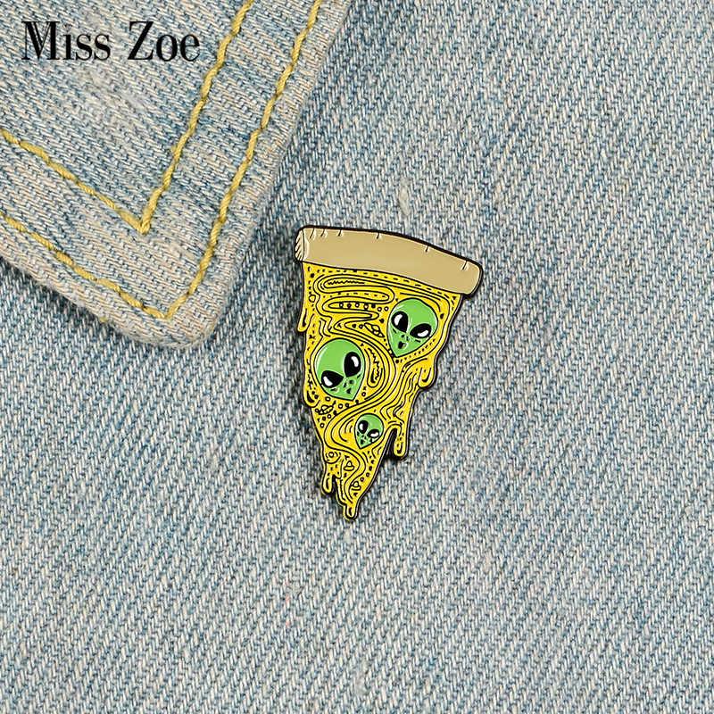 ET Pizza Smalto Spille Personalizzato Alien Fetta di Pizza Spille per la Camicia Risvolto Sacchetto Punk Distintivo di Cibo Divertente del Regalo Dei Monili per Gli Amici