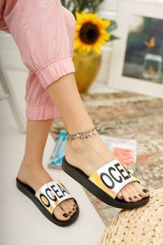 Kobiety Hologram kapcie ortopedyczne dźwięk nie sprawia że stylowe kapcie sportowe morskie kapcie plażowe sandały buty sandały damskie 2021 damskie sandały kapcie buty designerskie sandały luksusowe buty kobieta kapcie futro tanie i dobre opinie Modafırsat sandały kąpielowe TR (pochodzenie) Płaskie z Niska (1 cm-3 cm) Nowość Dobrze pasuje do rozmiaru wybierz swój normalny rozmiar