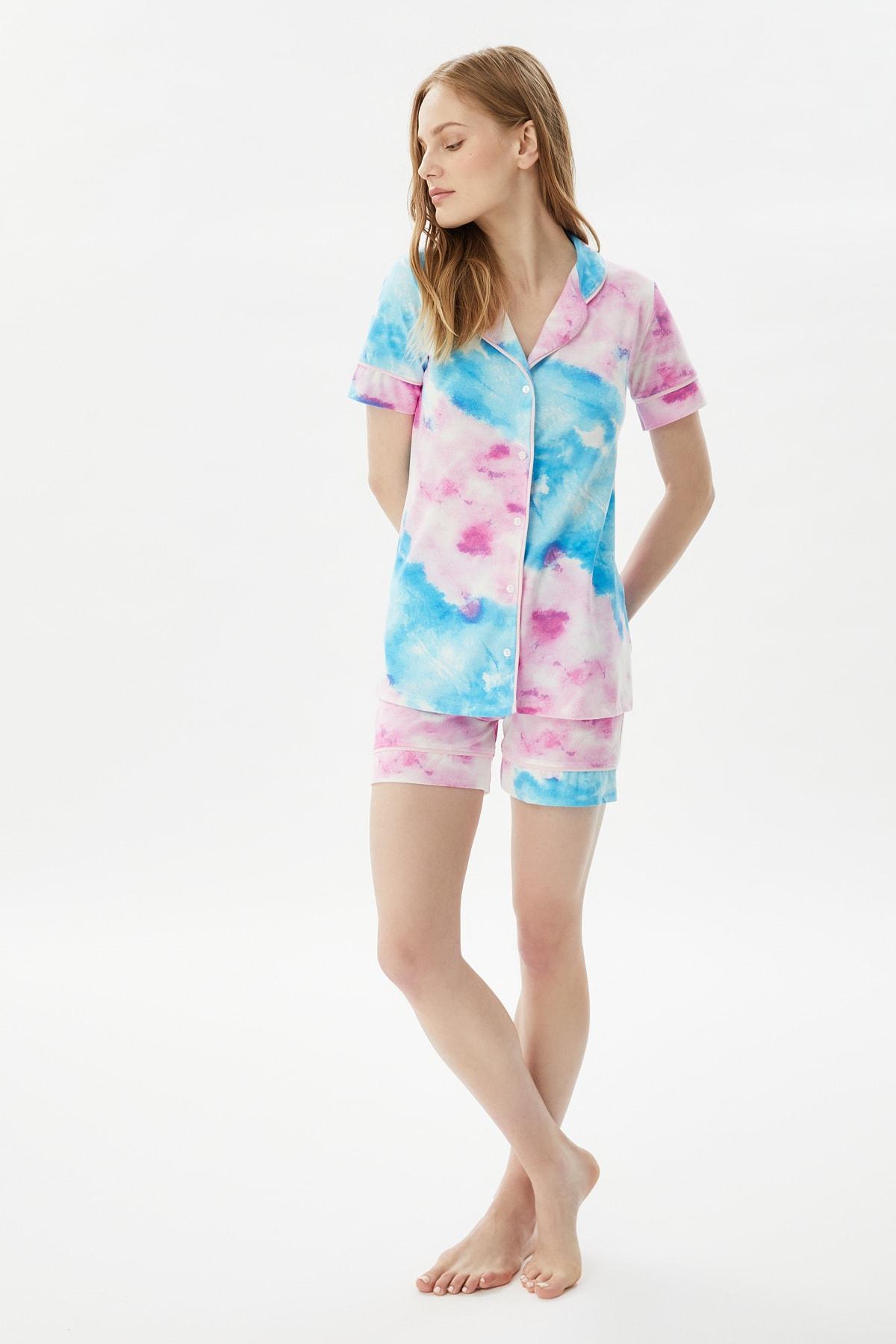 Trendyol Batik Patterned Knitted Pajamas Set THMSS21PT1188