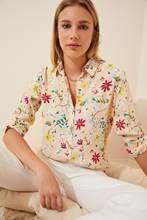 Kadın Krem Desenli temel Gömlek BH00326
