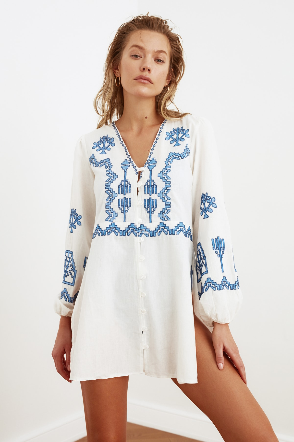 Trendyol Embroidered Ethnic Beach Dress TBESS21EL3320