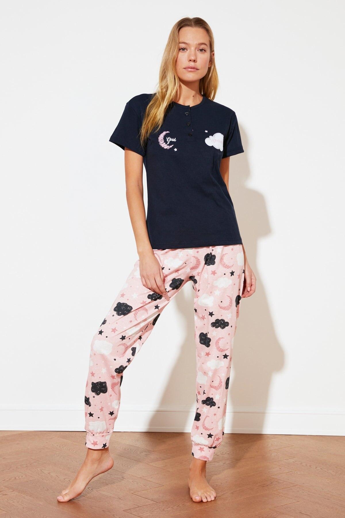 Trendyol Printed Knitted Pajamas Set THMSS21PT0827