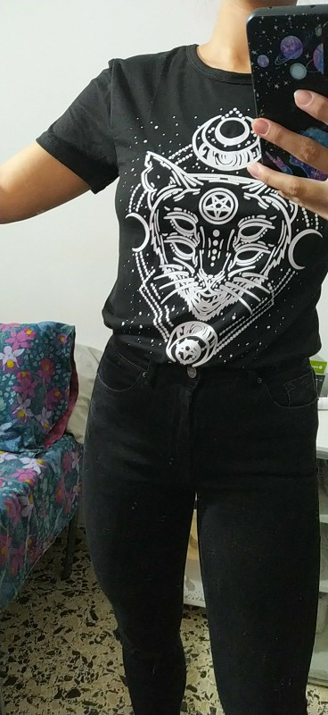 T-Shirt with Gothic Star and Cat Print photo review