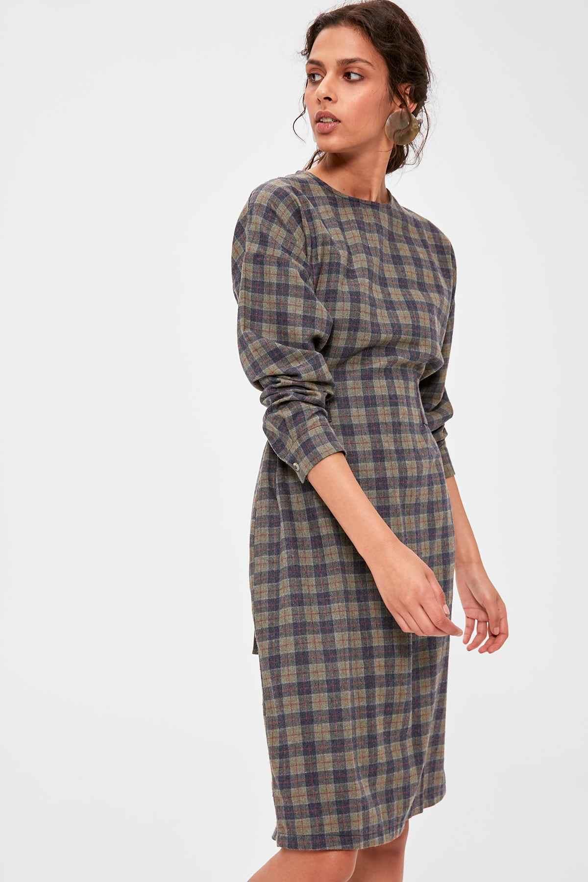 Trendyol мульти-Цветной платье в клетку TWOAW20EL1526