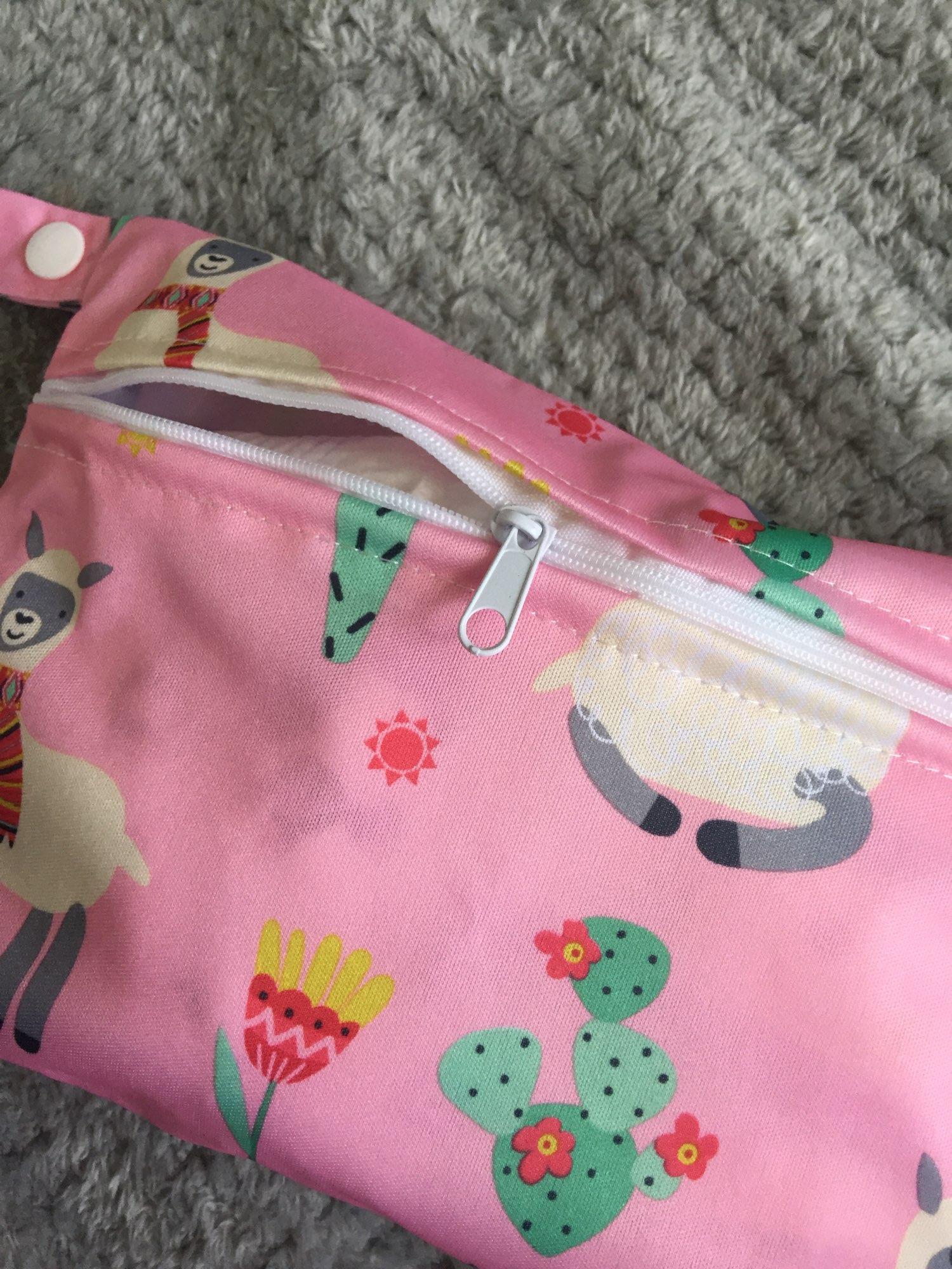 Baby Diaper Bag Printed Waterproof Wet Dry Nappy Zipper Handbag Stroller Carry Pack Travel Outdoor Wet Diaper Storage Bag Pocket photo review