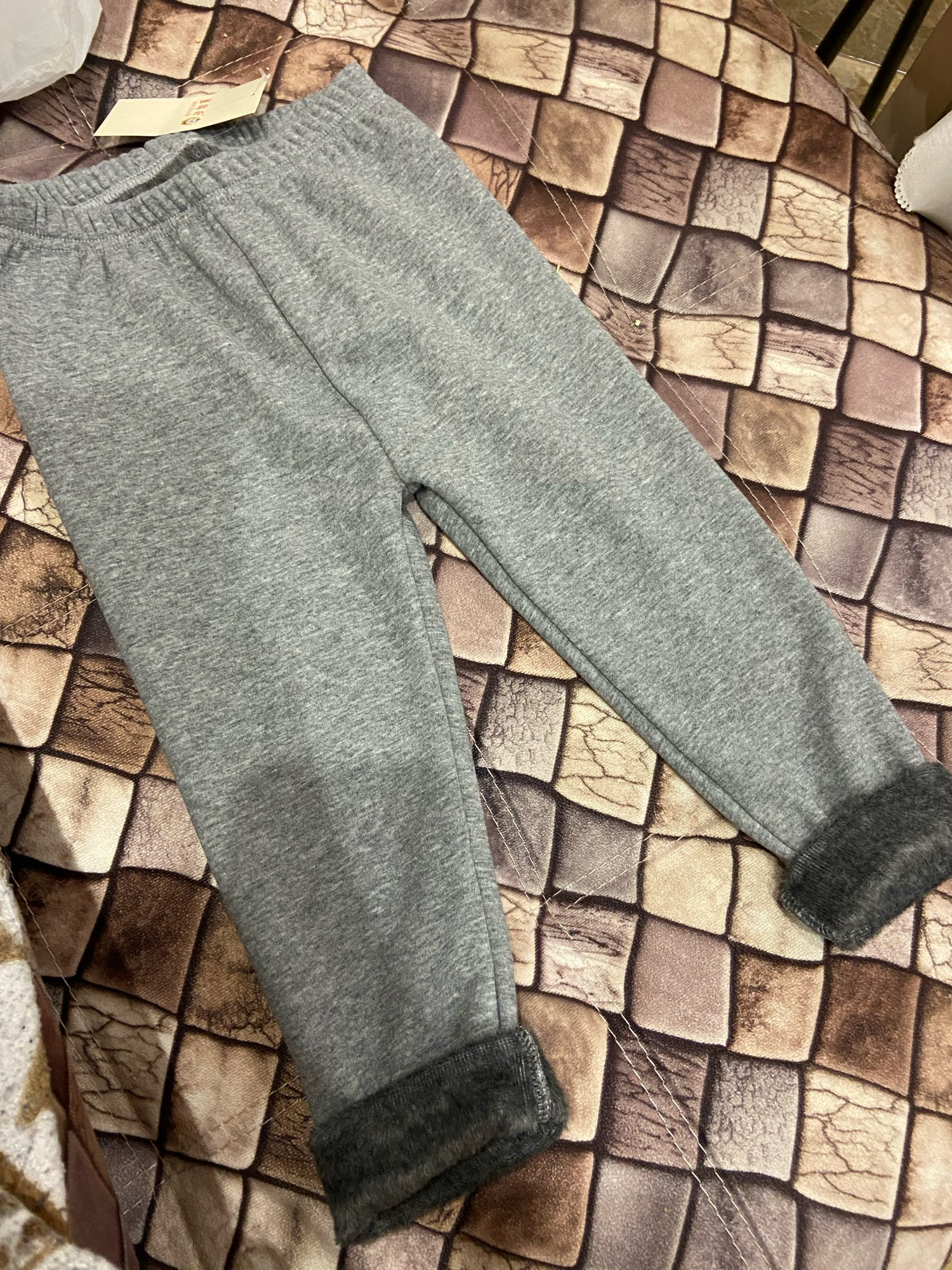 2019 Winter New Girls Leggings Cotton Plus Thick Velvet Warm Candy Color Girls Pants 2-8 Years Children's Pants photo review