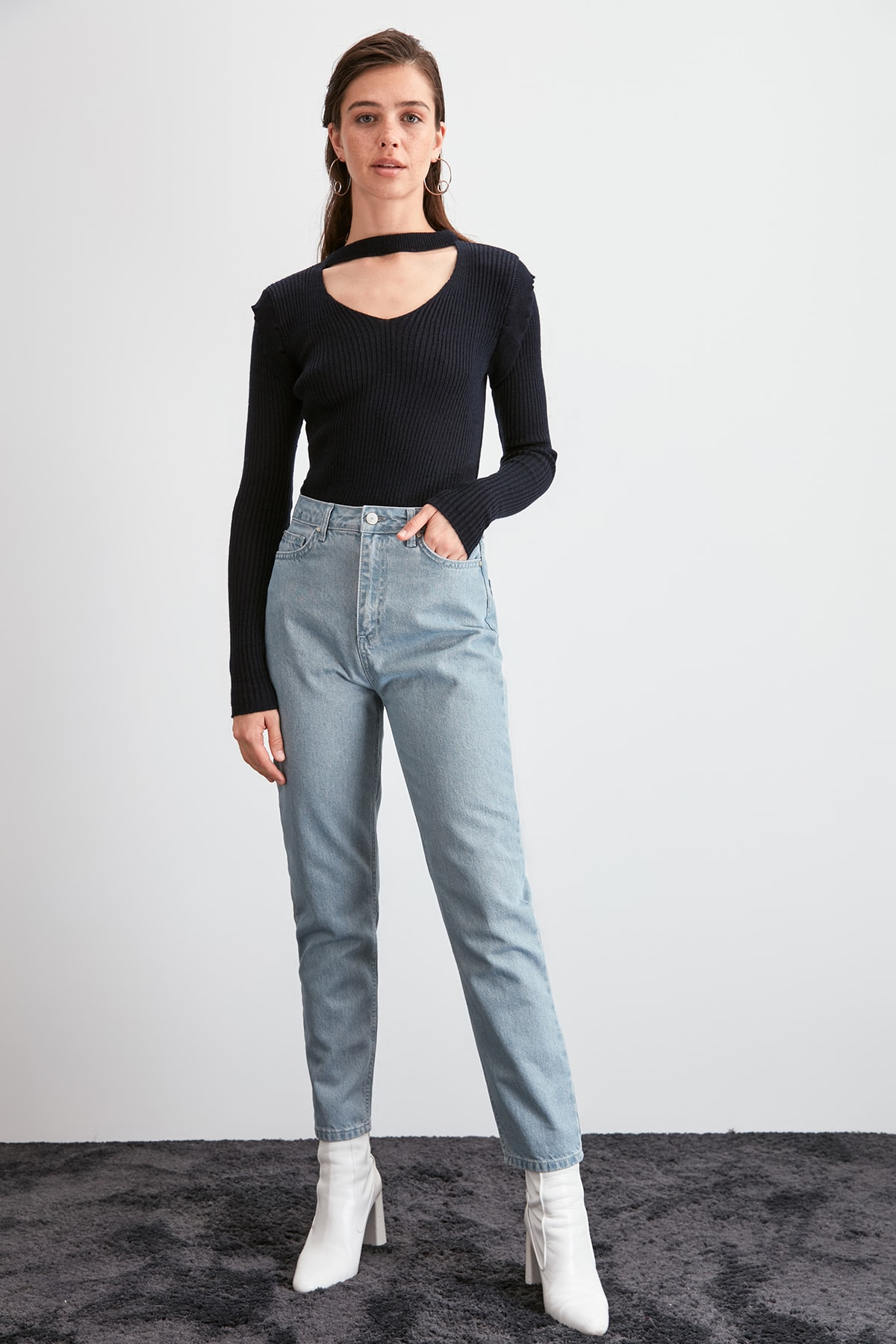 Trendyol High Bel Mom Jeans TWOAW20JE0380