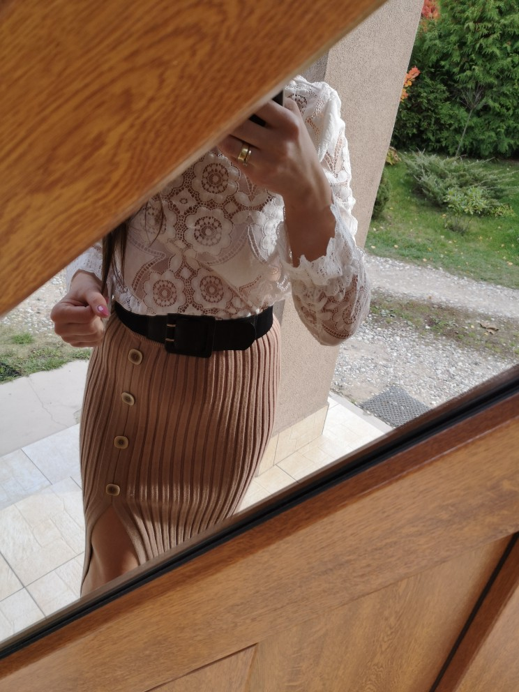 Sexy Side Split Button Women Knitted Skirt Elegant Pleated Female Midi Skirt High Waist Party Wear Ladies Bottom Skirt photo review