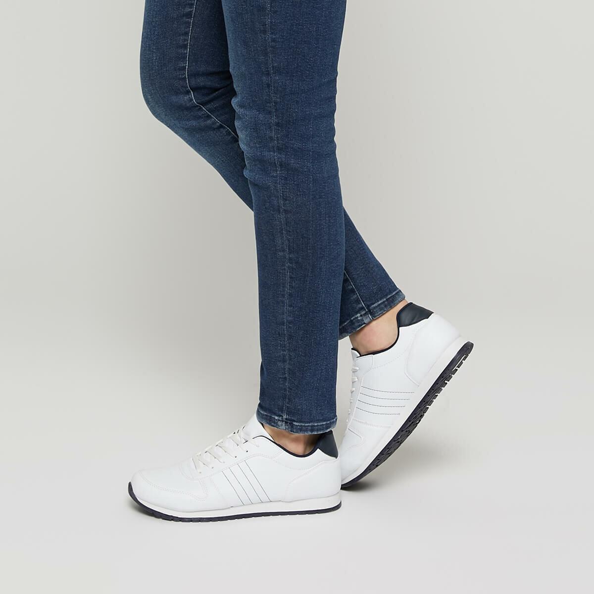 FLO 91. 356036.M White Men 'S Sports Shoes Polaris