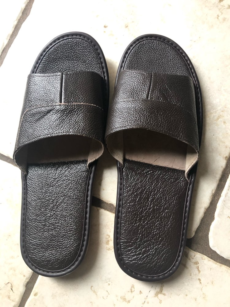 2018 New Leather Slippers Men Home Furnishing Indoor Floor Classic Footwear Casual Slides Leather Sandalias Zapatos Hombre-in Slippers from Shoes on AliExpress